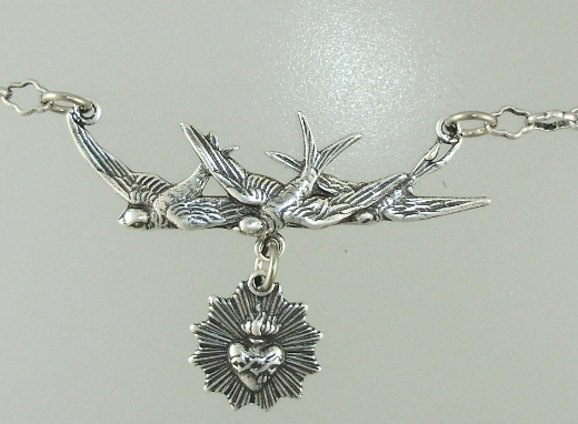 RELIGIOUS French Silver SACRED HEART Charm withTriple SPARROW  Necklace-18C1-170-136