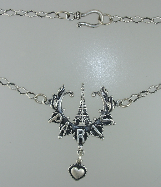 Sterling Silver-plated Paris EIFFEL TOWER Heart Charm with  Link Chain-17c172-150