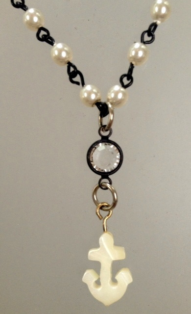 ANKLE Bracelet with MOTHER of Pearl ANCHOR and IVORY Pearls-a-anch
