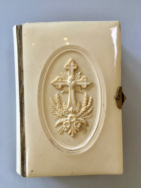 1896 FRENCH Antique Ivorine LIMOGES BIBLE Cross SACRED Heart-b-cross