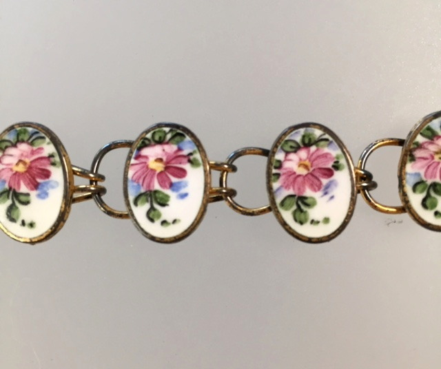 Antique STERLING Silver White PINK ROSES GUILLOCHE Enamel CHARM BRACELET-b-guippp