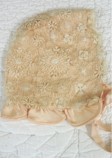 FRENCH Antique 1900 Peach Silk Satin Tatted Lace Baby Doll BONNET Paris-bbpch