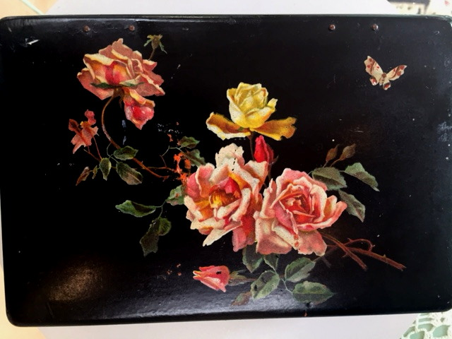 FRENCH Antique ROSES Butterfly Papier Mache Decoupage Black Lacquar Jewelry BOX-bx-roses
