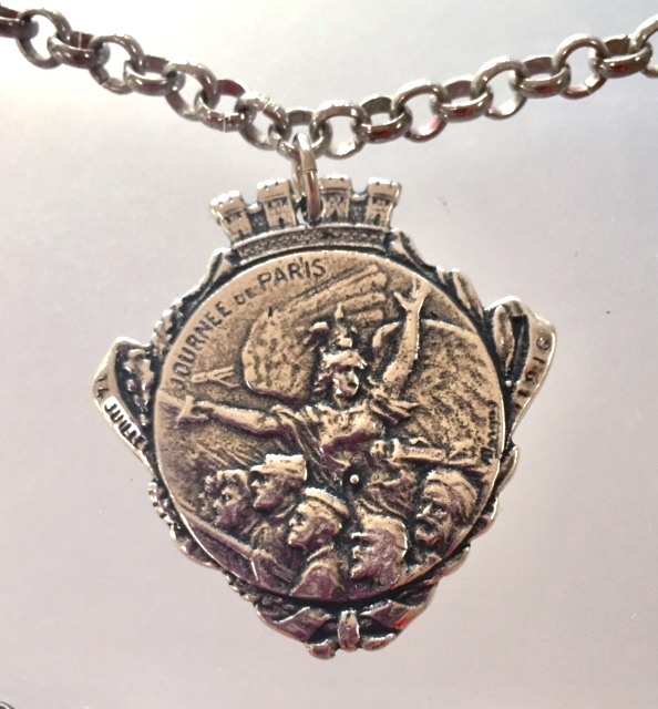 Silver FRENCH WWI Patriotic Fundraising Medal Journee de PARIS Necklace SOLDIERS-m-coa