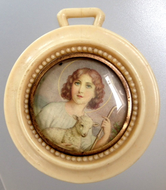 Antique FRENCH IVORY St JOHN The BABTIST Crib Medal Souvenir-m-stjn