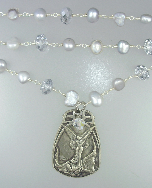 Antique Style Silver SAINT MICHAEL Medal Freshwater Pearl NECKLACE-n-3sL113