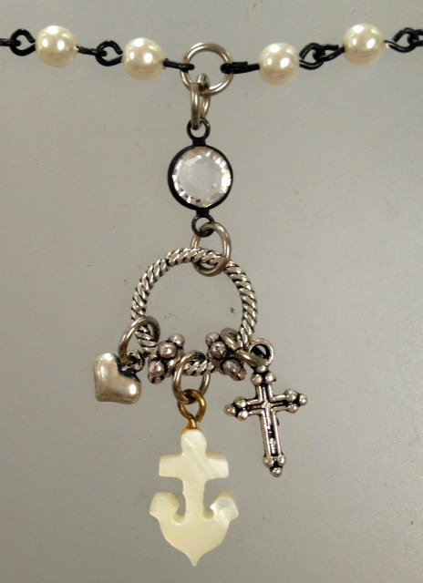 MOTHER of Pearl ANCHOR Silver HEART Cross Charms Trio PEARL Pendant Necklace TRINITY-n-3smanc