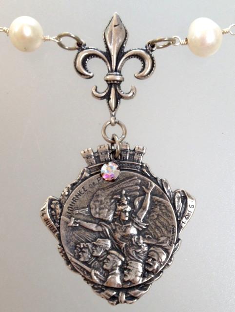 FRENCH WWI Patriotic Fundraising Medal Journee de PARIS Pearl Necklace ANGEL Fleur De LIS-n-barg