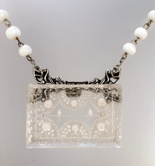 Antique FRENCH Roses BIRD Pendant NECKLACE White Glass BEADS-n-birdl