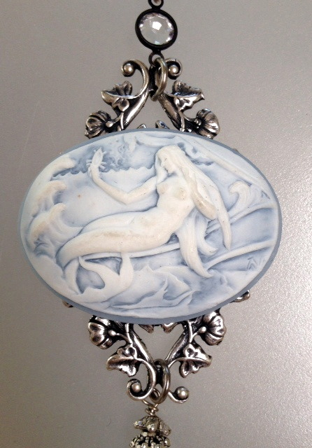 MERMAID Cameo Charm Silver Crystal NECKLACE -n-blmer