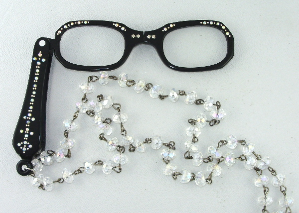 Antique VINTAGE 1950s Jet BLACK LORGNETTE Folding Glasses RHINESTONES Pendant NECKLACE CRYSTAL Beads Aurora Borealis Stones-n-blor