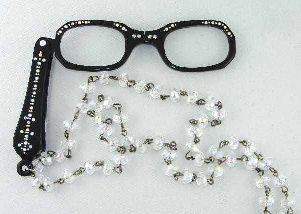 Antique VINTAGE 1950s Jet BLACK LORGNETTE Folding Glasses RHINESTONES Pendant NECKLACE CRYSTAL Beads Aurora Borealis Stones-n-blor