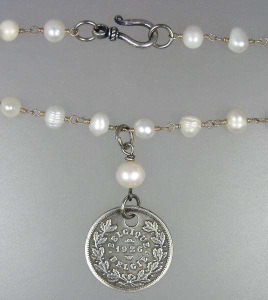 SILVER 1926 DOG TAX Medal Freshwater Pearl NECKLACE-n-dog