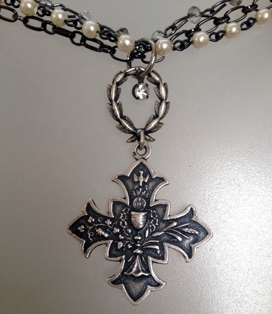 French GOTHIC Silver DOVE Chalice CROSS Medal Necklace WREATH-n-gcrswr