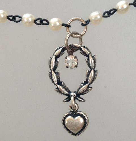 French Pearl Necklace Laurel WREATH Heart-n-shrtwh