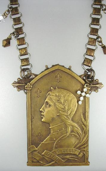 French ART NOUVEAU C1890 Saint JOAN of ARC Pendant BOOK Chain NECKLACE Rhinestone CROSS-n-japlq