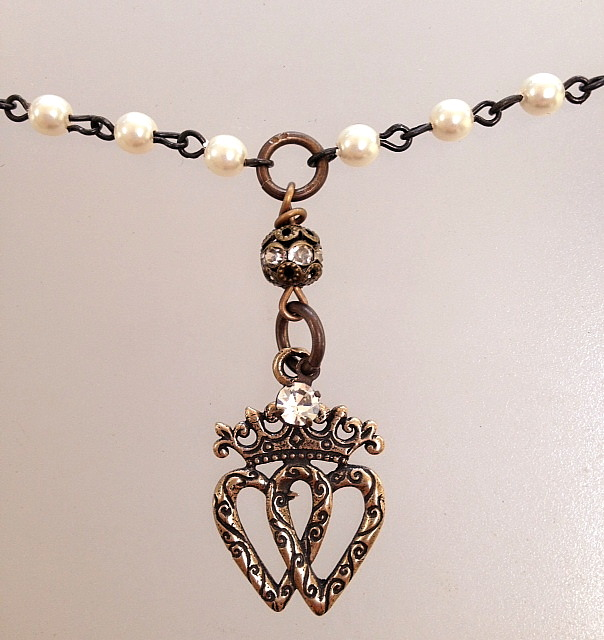 Bronze LUCKENBOOTH Heart CROWN Charm Ivory Pearls Black Crystals Necklace-n-lucksmbz