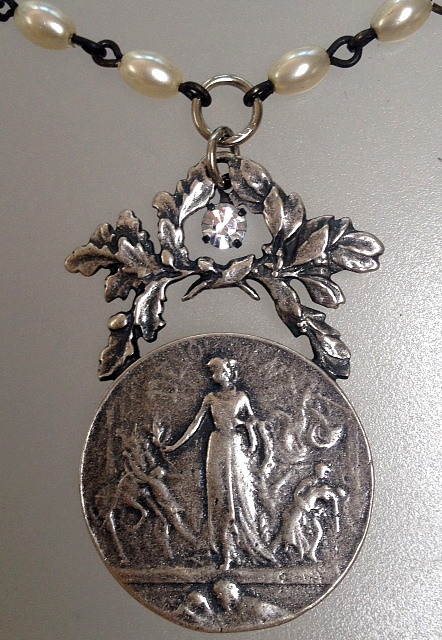 FRENCH DEDICATION Medal Pearl Necklace Laurel Wreath L COUDRAY-N-minint