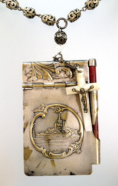 FRENCH MONT ST MICHEL Antique Art Nouveau Silver Repousse CHATELAINE Aide MEMOIRE Carnet de BAL NOTEBOOK-n-msmcdb