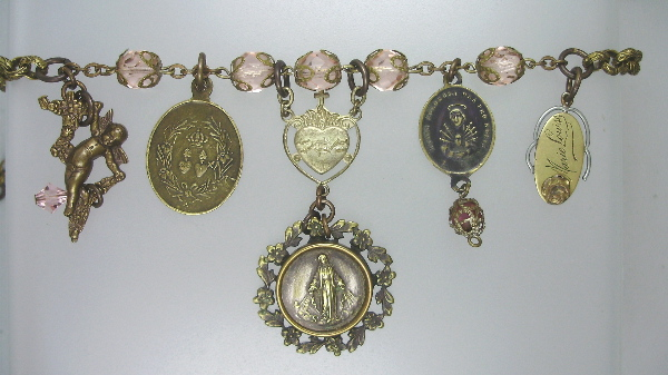 Antique FRENCH Religious MIRACULOUS MARY Medal Sacred HEART ANGEL Pendant Pink ROSARY BEADS Necklace-n-pkcap