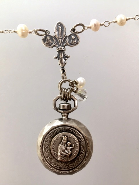 RELIGIOUS Mini FRENCH Antique COMPASS Notre Dame de La Gardewith VIRGIN MARY Baby JESUS Necklace-n-relcmps