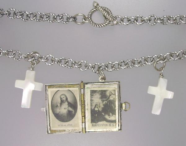 FRENCH Antique Religious C1890 SACRE COEUR Sacred Heart Art Nouveau Repousse Souvenir Photo Book Locket Charm Pendant Necklace Mother of Pearl CROSS-n-scbk