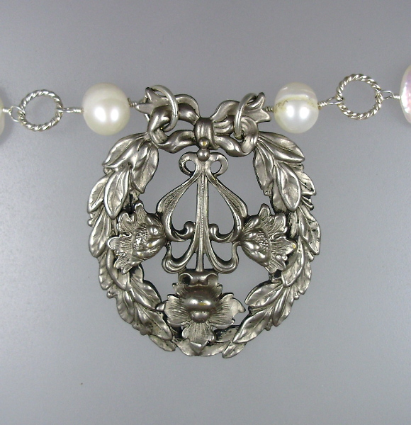 FRENCH Art Nouveau Sterling SILVER Laurel WREATH White Freshwater PEARLS Necklace-n-sswrth