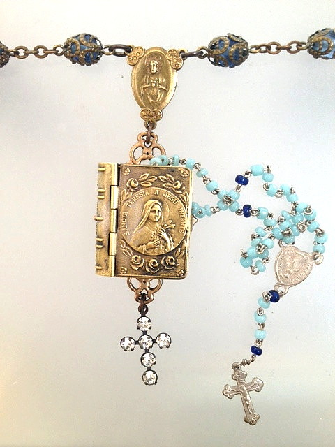 Religious ANTIQUE French SAINT TERESA Repousee ROSARY Box BEADS Rhinestone Cross Pendant NECKLACE-n-sttbxz