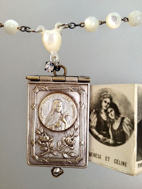 FRENCH Antique C1890 Art Nouveau Repousse Souvenir SAINT THERESA Photo Book LOCKET Charm Mother of PEARL MOP ROSARY BEADS-n-terph