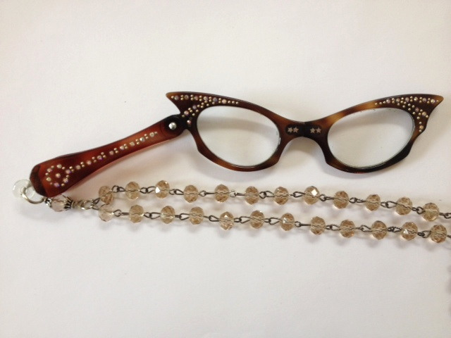 Vintage 1950s Tortoise Shell Brown Catseye LORGNETTE Folding CATSEYE Glasses Pendant NECKLACE Champagne Crystals-n-tortch